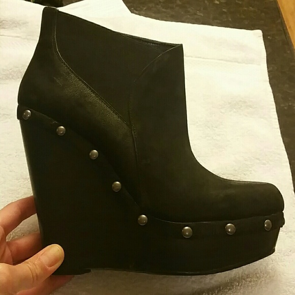 79048f9e0ebf Jessica Simpson Shoes - Jessica Simpson wedge booties 8.5